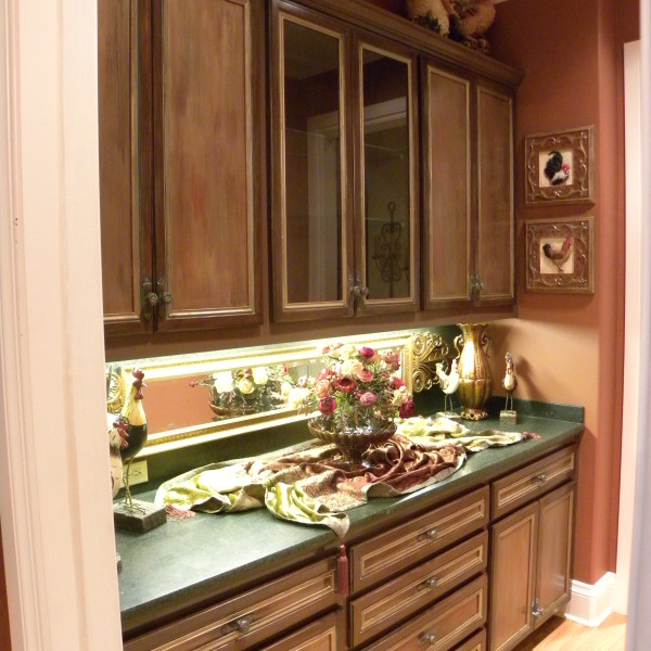 Brown_Refinished_Cabinets[1]