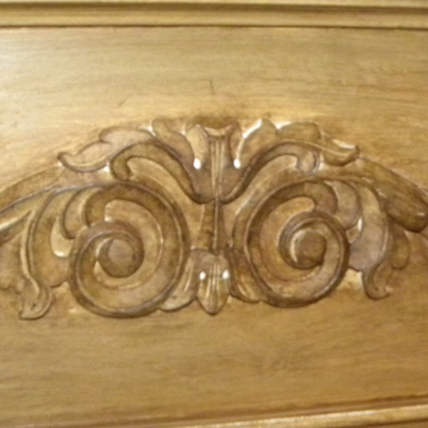 Glazed_Decrotive_Scrollwork[1]